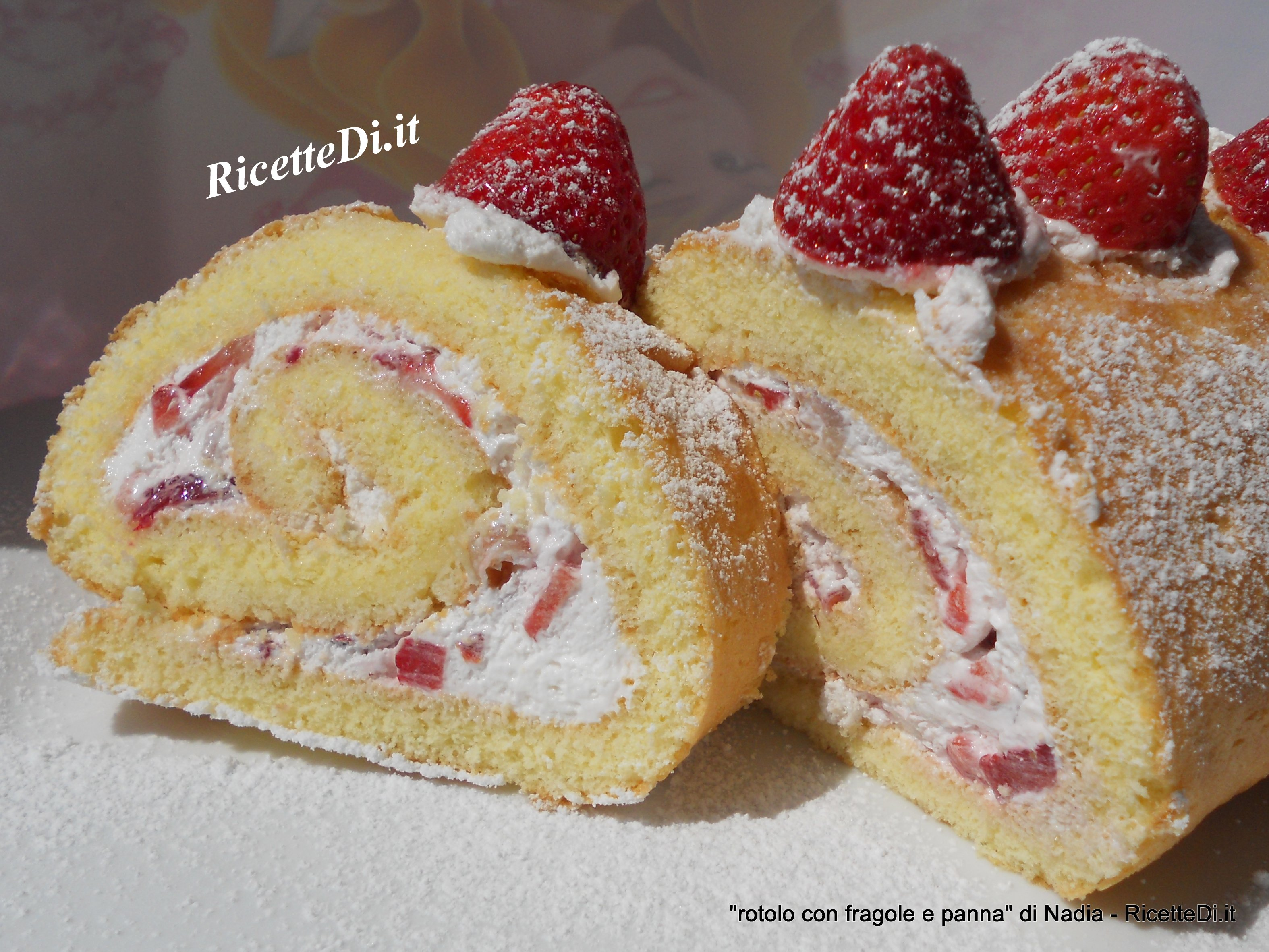 Rotolo con fragole e panna montata - Differenza panna da cucina e panna fresca ...