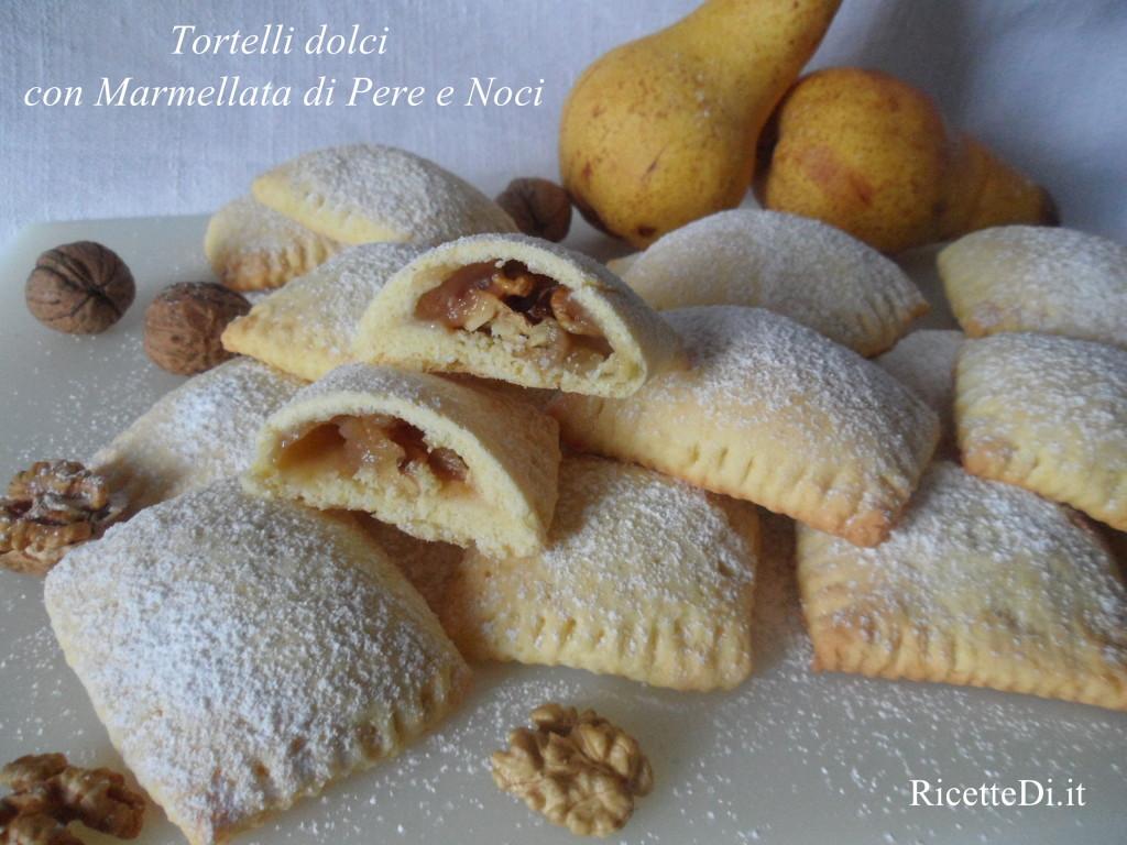 14_tortelli_dolci_con_marmellata_di_pere_e_noci