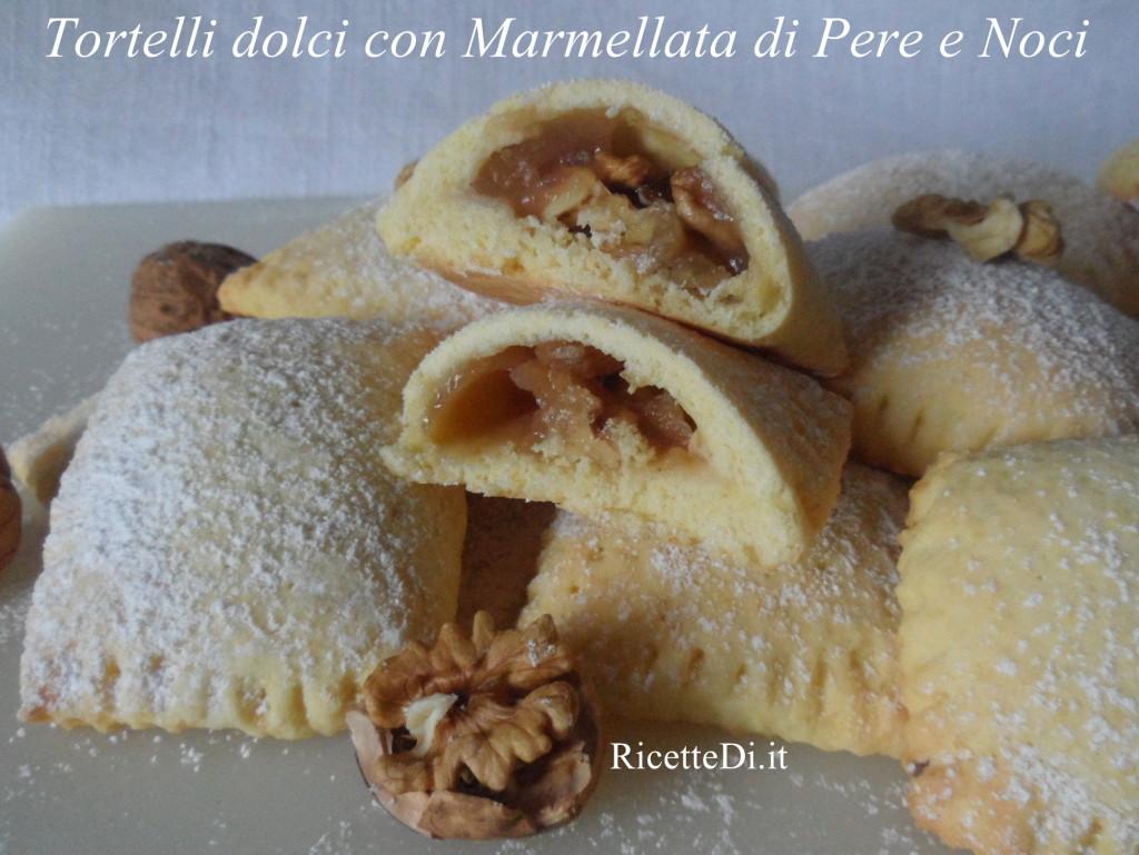 15_tortelli_dolci_con_marmellata_di_pere_e_noci