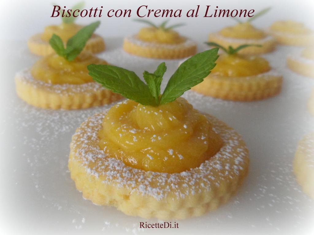 01_biscotti_con_crema_al_limone